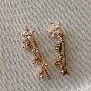 New! 18K gold floral design crystal ear crawlers